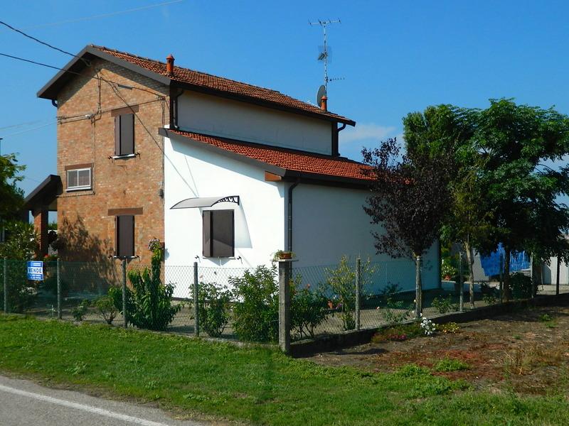 Casa Con Giardino Ostia Lido : Casa di campagna in vendita a comacchio fe